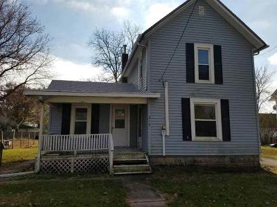Alburnett IA Single Family Home New: $69,900