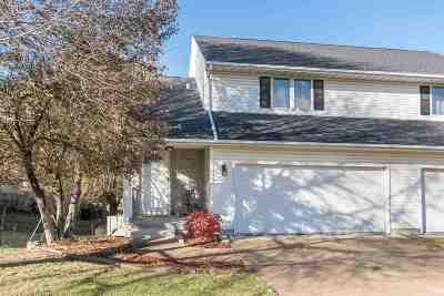 Coralville IA Condo/Townhouse New: $185,000