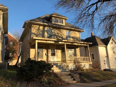 Iowa City IA Single Family Home New: $237,000