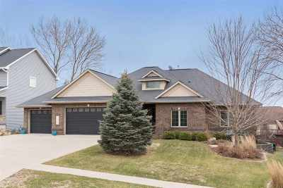 Coralville Single Family Home For Sale: 1977 Ollinger Dr.