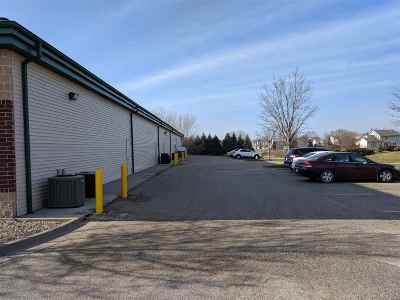 Cedar Rapids Commercial For Sale: 576 Boyson Rd NE #108