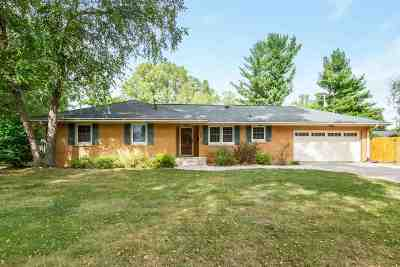 Cedar Rapids Single Family Home For Sale: 3316 Terry Dr SE