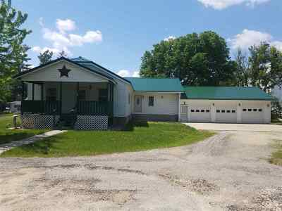 Jones County Single Family Home For Sale: 103 Maple St