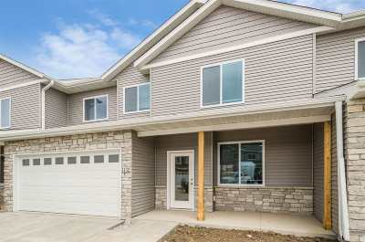 North Liberty Condo/Townhouse For Sale: 1219 Ronald Way