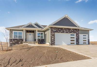 Fairfax IA Single Family Home New: $369,900