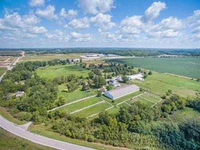 North Liberty Single Family Home For Sale: 2820 NE North Liberty Rd