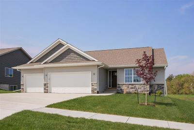 North Liberty Single Family Home For Sale: 1250 Abraham Dr.