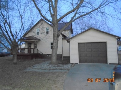 Keokuk County Single Family Home For Sale: 212 S Fulton