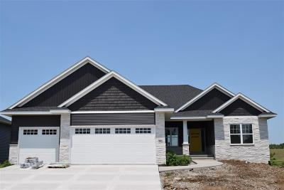 North Liberty Single Family Home New: 985 Grouse Ct
