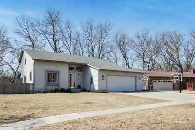 Coralville Single Family Home For Sale: 1410 Westview Dr.
