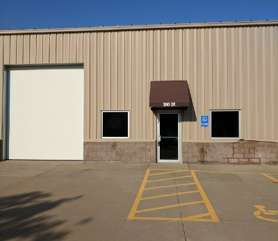 North Liberty Commercial For Sale: 390 Herky St #2E
