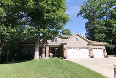 North Liberty Single Family Home For Sale: 1885 Alderwood Rd