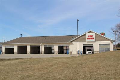 Cedar Rapids Commercial For Sale: 3130 Edgewood Road SW