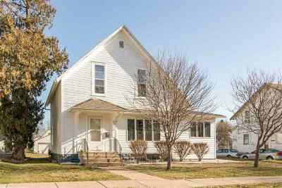 Washington Single Family Home For Sale: 912 E Main St
