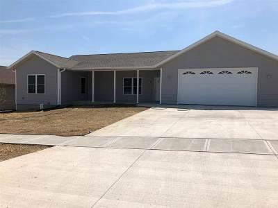 Riverside IA Single Family Home New: $304,700