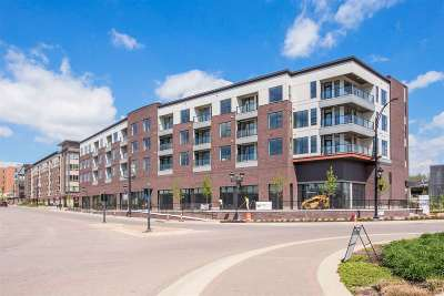 Coralville Condo/Townhouse New: 211 E 9th St. #401