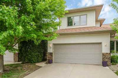 Coralville Condo/Townhouse For Sale: 1809 12th Ave #C