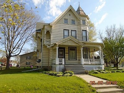 Tipton Single Family Home For Sale: 120 E 9th St