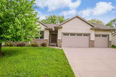Iowa City IA Single Family Home New: $375,000