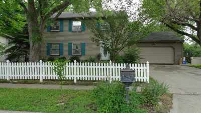 Iowa City Single Family Home For Sale: 1220 Guildford Ct