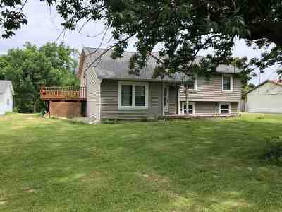 Louisa County Single Family Home For Sale: 316 Hilltop Rd