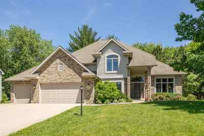 Coralville Single Family Home New: 1701 Red Oak Dr