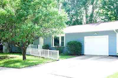 North Liberty IA Single Family Home New: $170,000