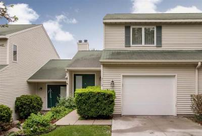 Coralville Condo/Townhouse New: 2112 Holiday Rd