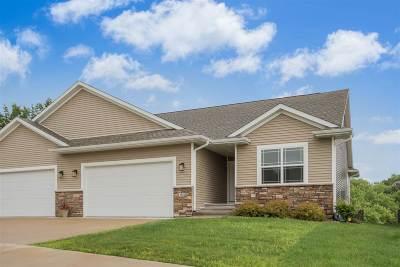 Cedar Rapids Condo/Townhouse For Sale: 3518 SE Pioneer Ave