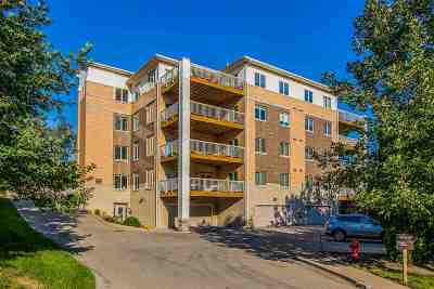 Iowa City Condo/Townhouse For Sale: 537 N 1st Ave