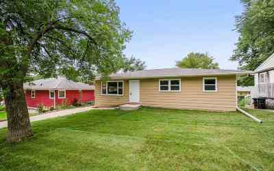 Coralville Single Family Home For Sale: 722 12th Ave