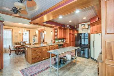 Washington County Single Family Home For Sale: 315 E Washington St
