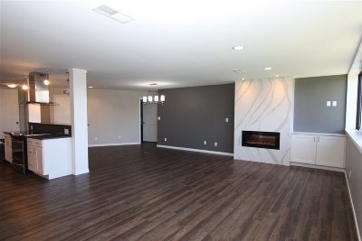 North Liberty Condo/Townhouse For Sale: 820 Club House Rd #3F