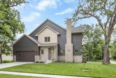 Iowa City Condo/Townhouse For Sale: 204 Lexington Ave