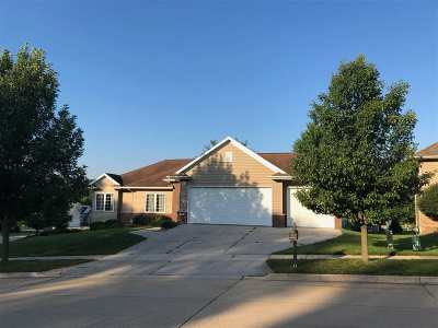Iowa City IA Single Family Home For Sale: $449,000