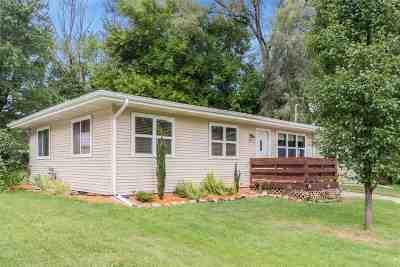 Iowa City Single Family Home New: 1109 Pine St