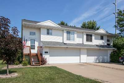 North Liberty Condo/Townhouse New: 622 Molly Dr