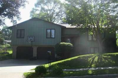 Iowa City Single Family Home For Sale: 302 Washington Park Rd