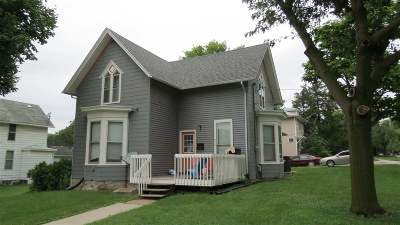 Iowa City IA Single Family Home New: $255,000