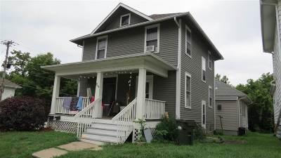 Iowa City Multi Family Home For Sale: 904 Iowa Ave