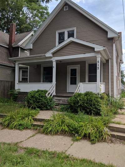 Cedar Rapids Single Family Home For Sale: 512 SE 14th St