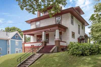 Iowa City Single Family Home For Sale: 621 N Van Buren Street