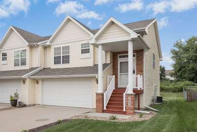 North Liberty Condo/Townhouse New: 1595 Vandello Circle