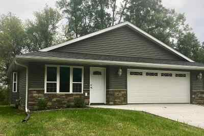 Mt Vernon IA Single Family Home New: $229,900
