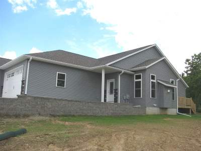 West Branch IA Condo/Townhouse New: $224,500