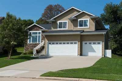 Coralville Single Family Home For Sale: 1910 Winterpark Pl