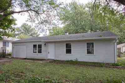 Iowa City Single Family Home For Sale: 2012 Western Rd.