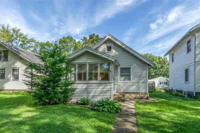 Cedar Rapids Single Family Home For Sale: 1606 Greene Ave NE