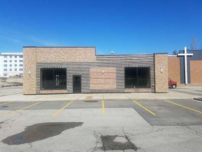 Coralville Commercial New: 1701 2nd St #Whole Bu