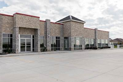 North Liberty Commercial For Sale: 595 Country Lane #3